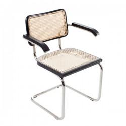 Svart Bauhausstol med karm rotting